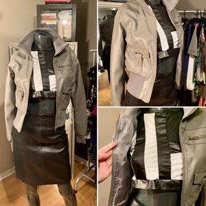 📌BRAND NEW! Short gray jacket.